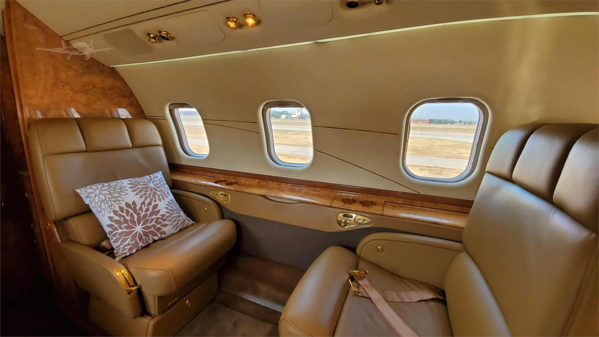 2001 LEARJET 60 Photo 6