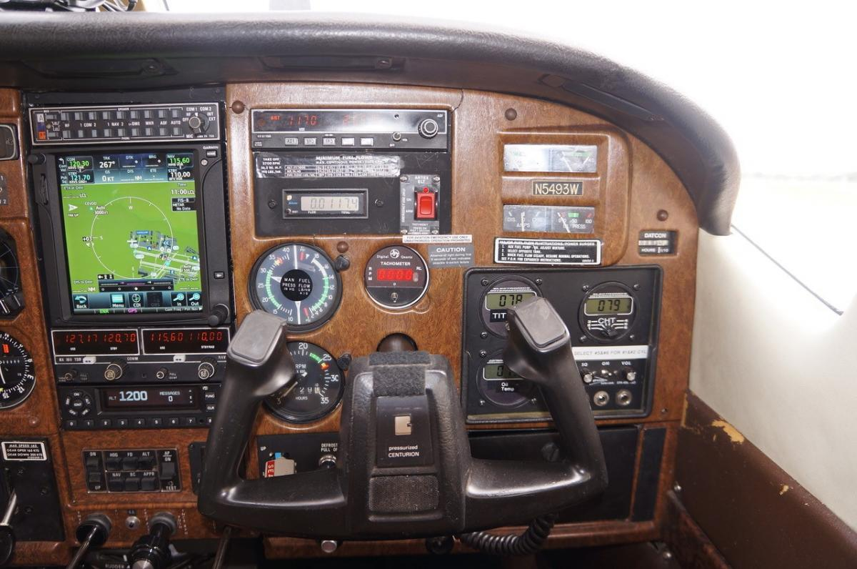 1981 Cessna P210N Photo 5