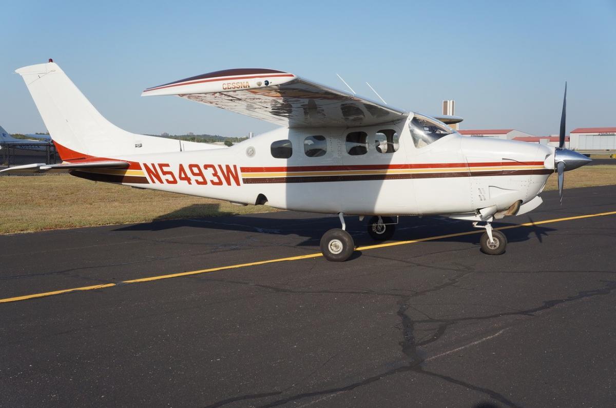 1981 Cessna P210N Photo 7
