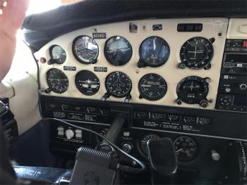 1975 PIPER CHEROKEE 6/300 - Photo 4