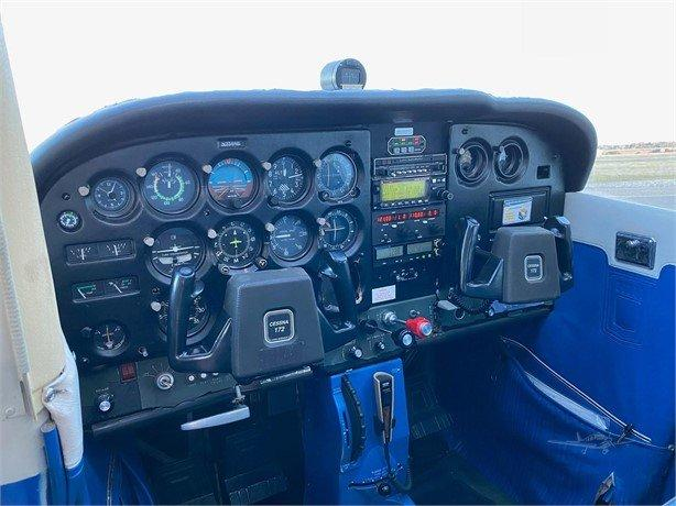1977 CESSNA 172N SKYHAWK Photo 4