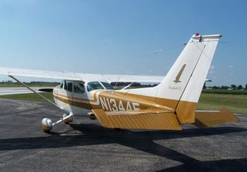 1974 CESSNA 172M SKYHAWK - Photo 2