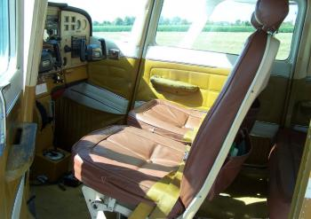 1974 CESSNA 172M SKYHAWK - Photo 10
