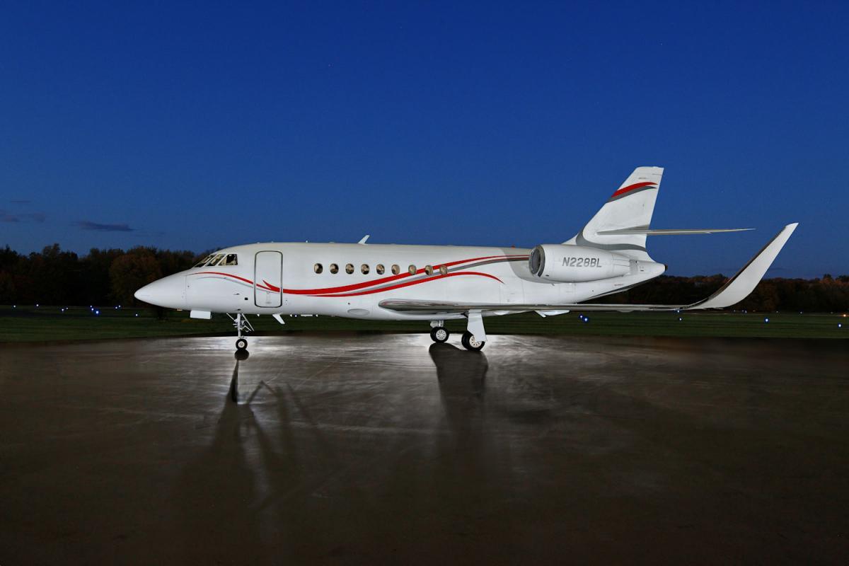 2011 Dassault Falcon 2000 LX - Photo 1