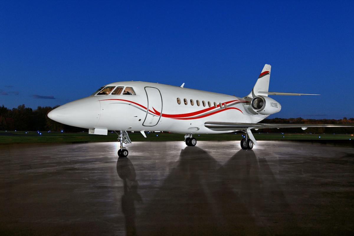 2011 Dassault Falcon 2000 LX Photo 3