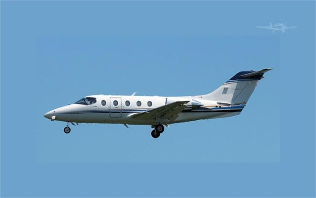 2007 HAWKER 400XP - Photo 1