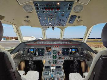 Dassault Falcon 2000 - Photo 2