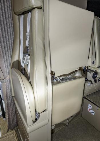 2002 Dornier 328Jet - Photo 17