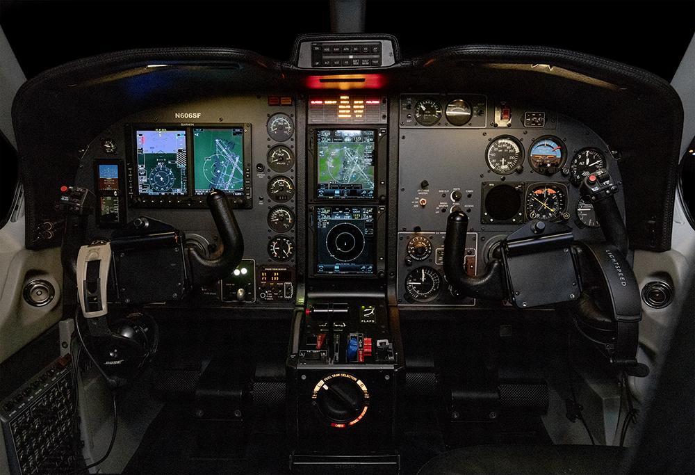2000 SOCATA TBM-700B Photo 3