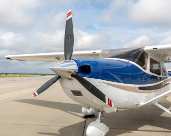 2004 Cessna 182T Skylane - Photo 4