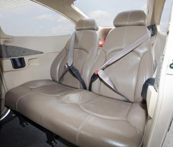 2004 Cessna 182T Skylane - Photo 7