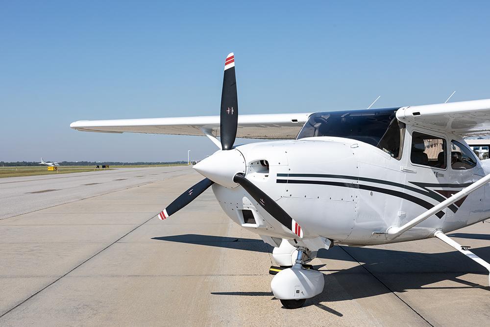 1998 Cessna 182S Skylane Photo 7