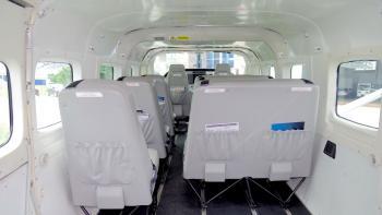 2009 Cessna Caravan 208B - Photo 2