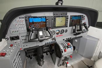 2015 Cessna Caravan 208B - Photo 3