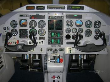2000 EXTRA EA 400 - Photo 3