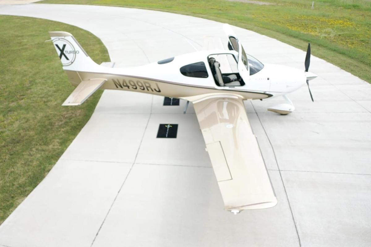 2009 CIRRUS SR22-G3 TURBO Photo 5
