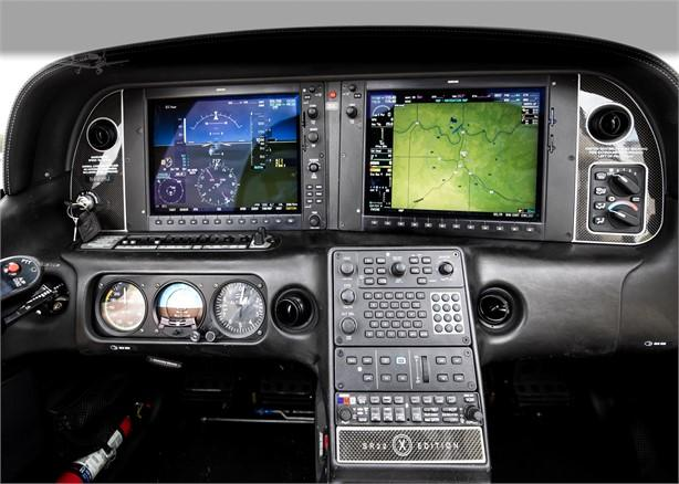 2009 CIRRUS SR22-G3 TURBO Photo 4