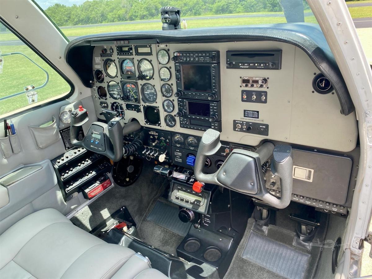 1984 BEECHCRAFT A36 BONANZA Photo 6
