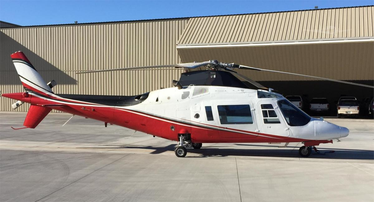 1990 Agusta A109C - Photo 1