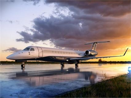2013 EMBRAER LEGACY 650 Photo 2