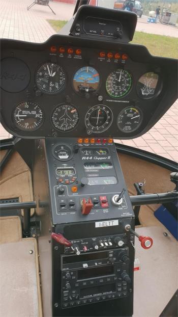 2007 ROBINSON R44 CLIPPER II - Photo 4