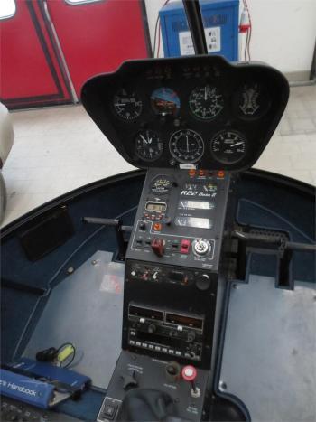 2002 ROBINSON R22 BETA II - Photo 4