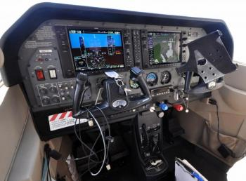 2004 Cessna Turbo T182T Skylane - Photo 2
