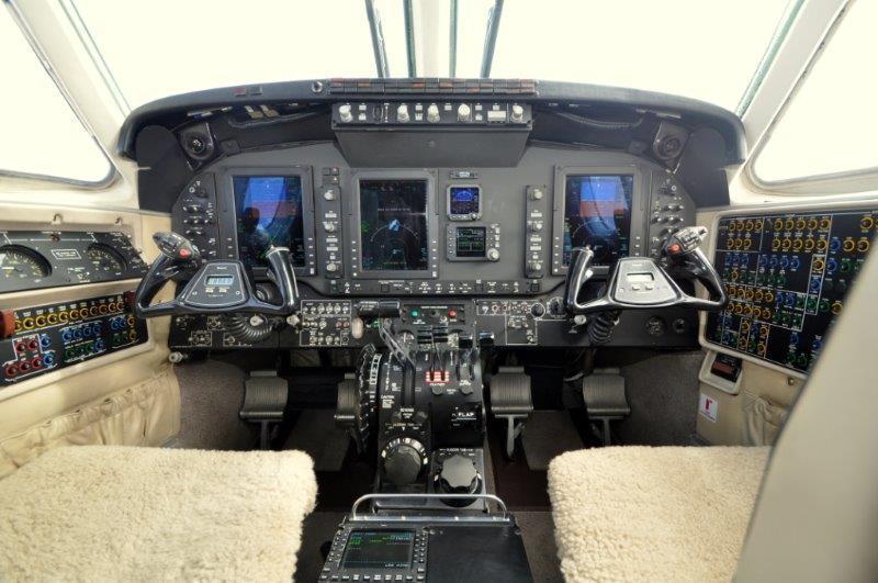 2008 Beechcraft King Air C90GTi Photo 2