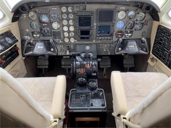 1985 BEECHCRAFT KING AIR C90A - Photo 2