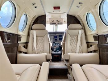 1985 BEECHCRAFT KING AIR C90A - Photo 3