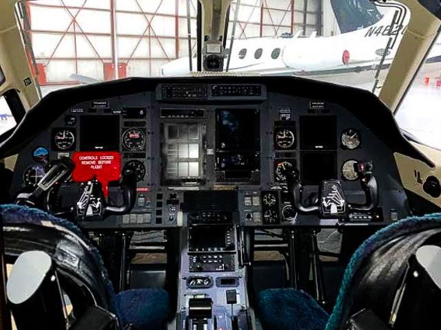 2002 Pilatus PC-12/45 Photo 4
