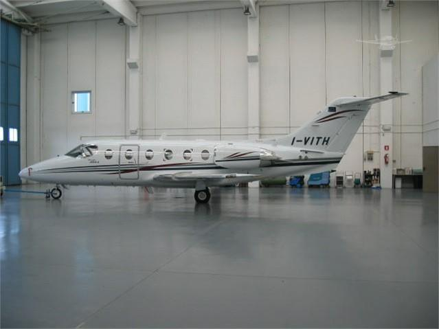 2001 BEECHCRAFT BEECHJET 400A - Photo 1