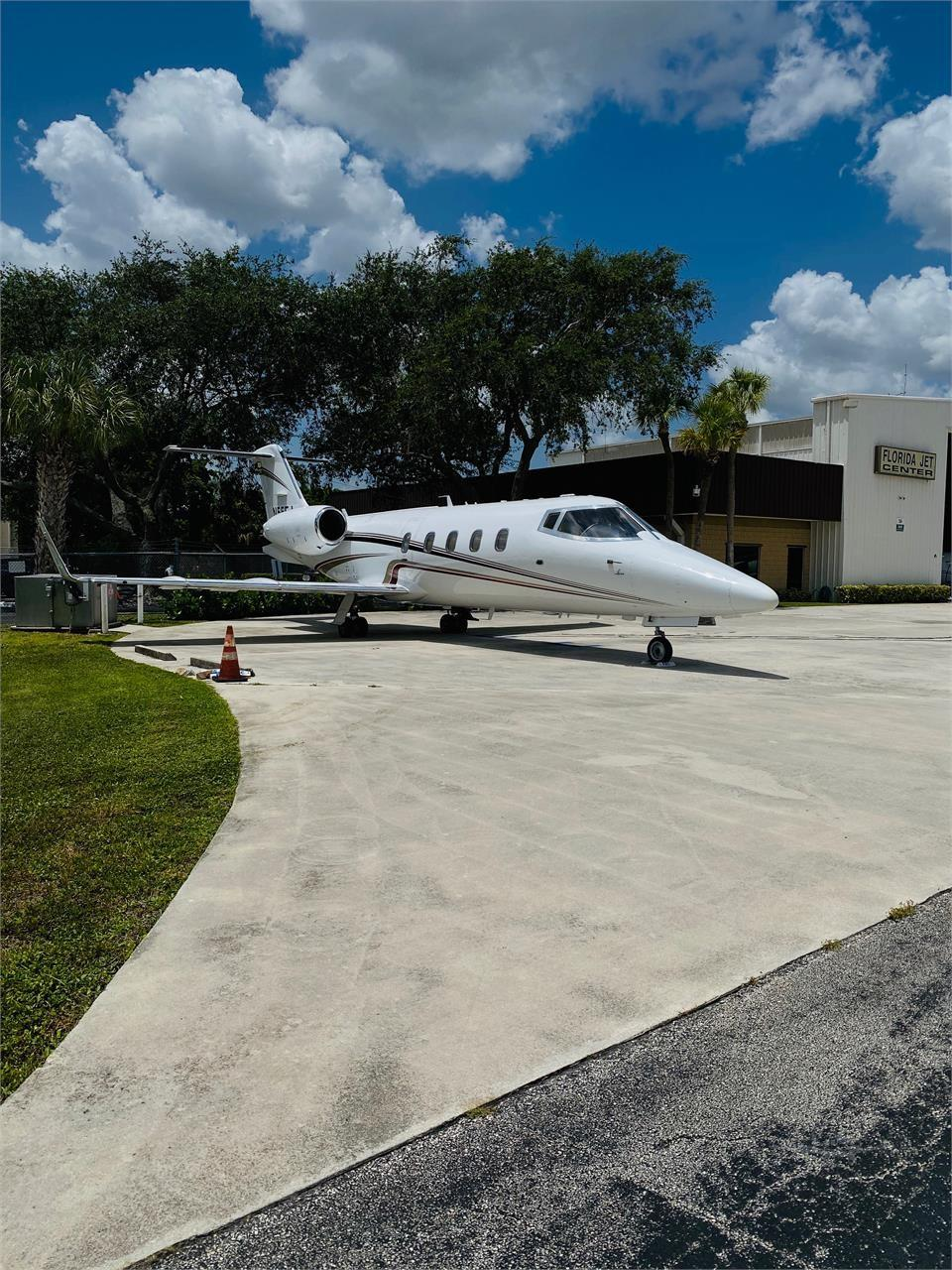 1984 Learjet 55 Photo 4