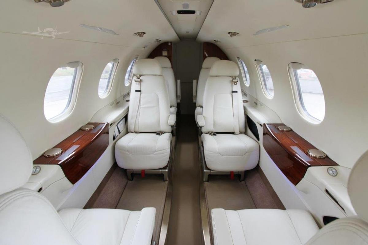 2013 EMBRAER PHENOM 300  Photo 5
