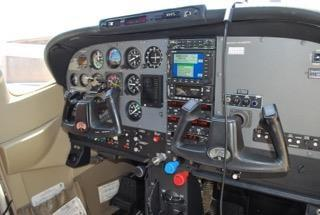 2003 CESSNA TURBO 182T SKYLANE Photo 4