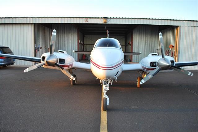1982 BEECHCRAFT 58 BARON Photo 3