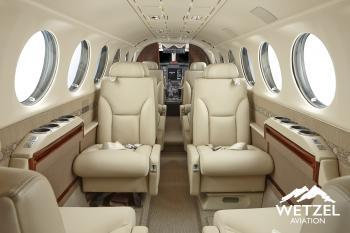 2000 Beech King Air 350 - Photo 2