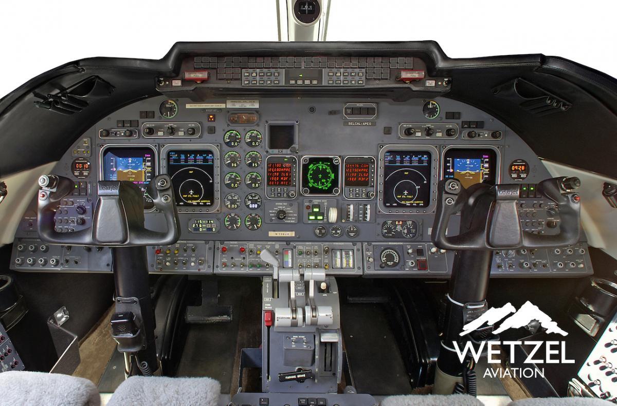 1998 Learjet 60 Photo 7