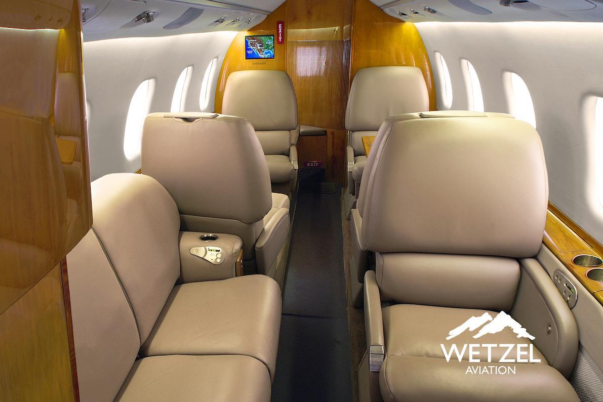 1998 Learjet 60 Photo 3