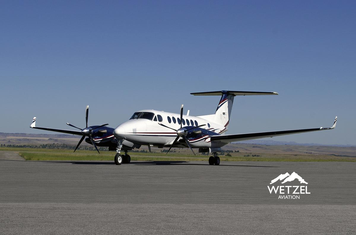 2009 Beech King Air 350 - Photo 1