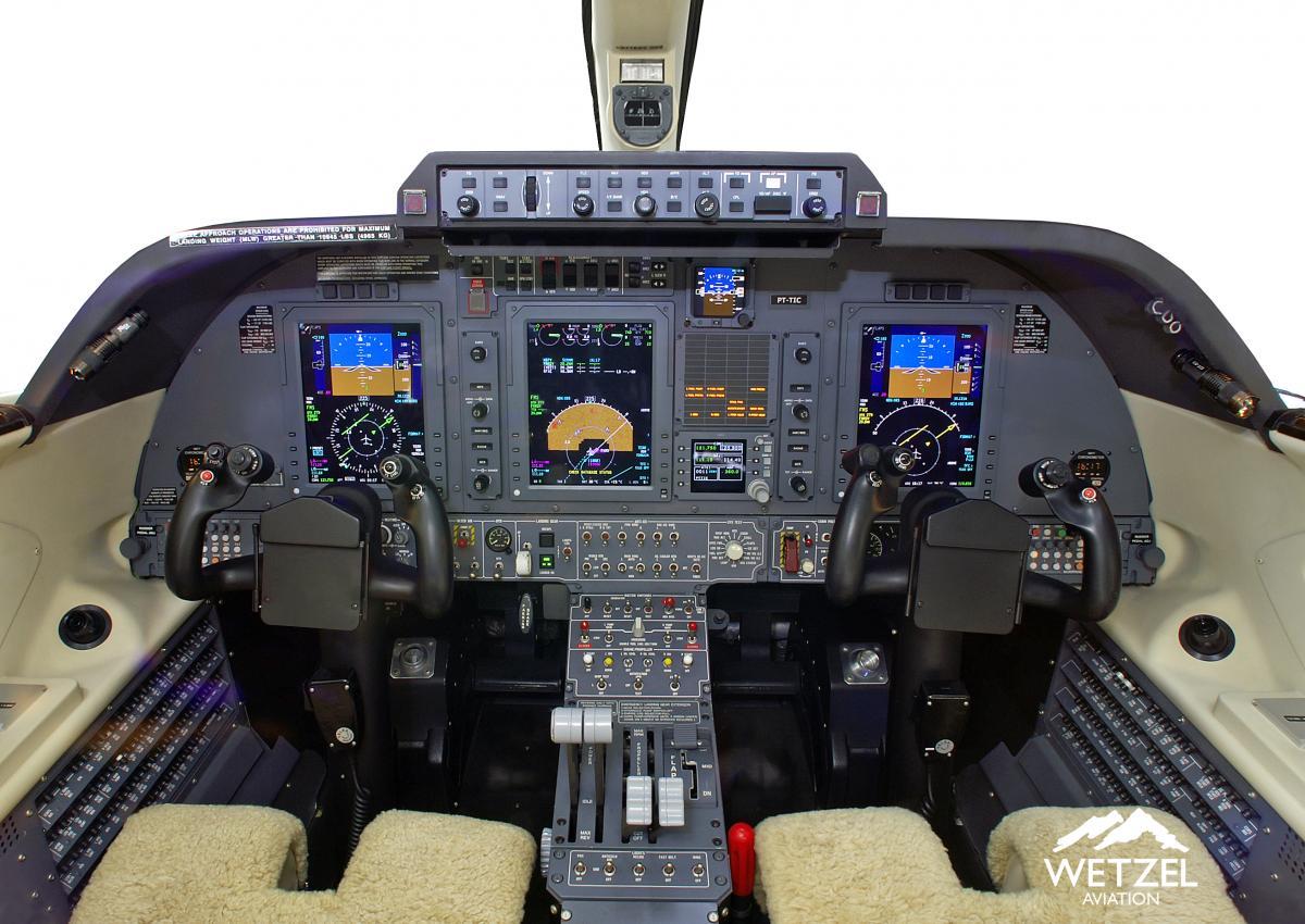 2011 Piaggio P180 Avanti II Photo 7