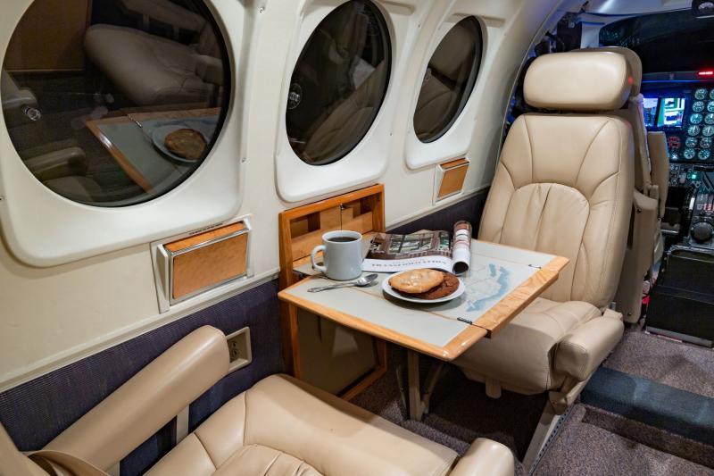 1988 Beech King Air C90A Photo 7