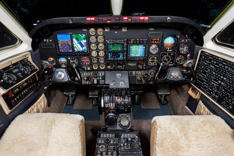 1988 Beech King Air C90A Photo 6