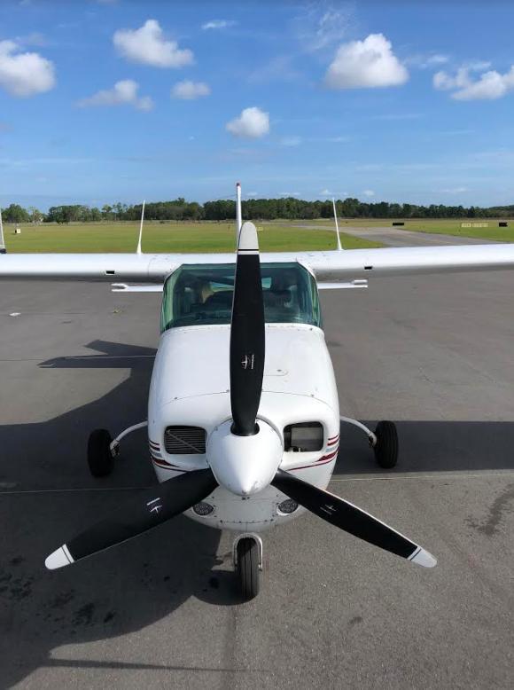 1976 Cessna 210L - Photo 1