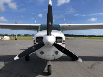 1976 Cessna 210L - Photo 5