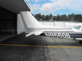 1981 Cessna 172RG - Photo 6