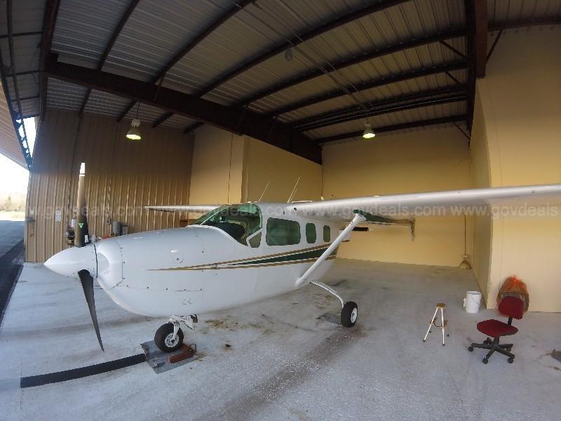 1977 Cessna 337G Skymaster Photo 2