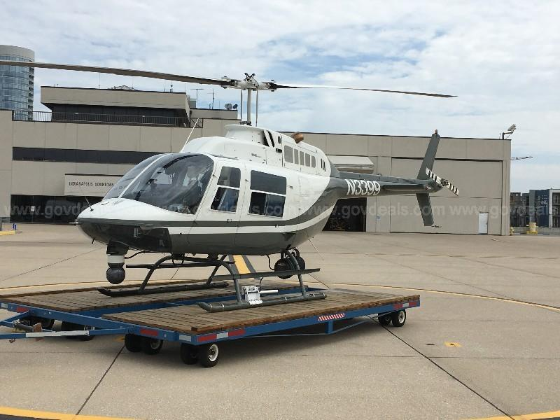 1968 Bell 206B JetRanger Photo 2