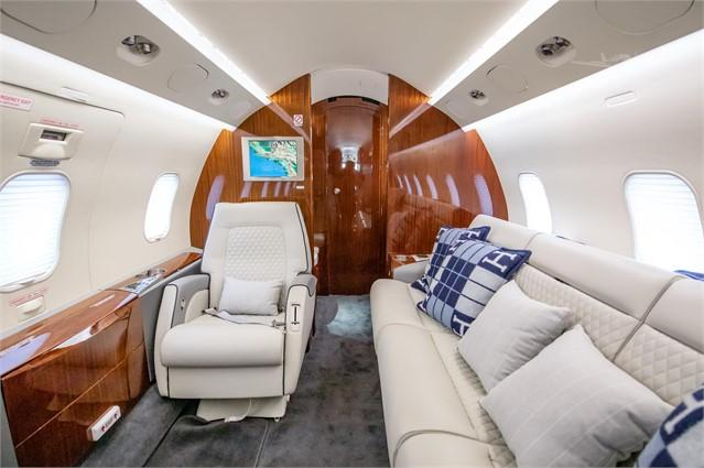 2005 BOMBARDIER/CHALLENGER 300 - Photo 1