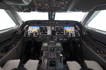 2010 GULFSTREAM G450 - Photo 2